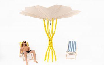 Пляжный зонт на солнечной энергии использует солнце для охлаждения